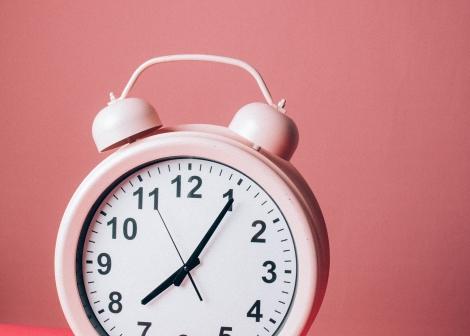 Bilde av rosa klokke